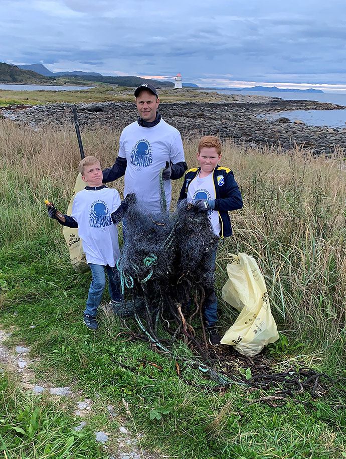 Coastal_cleanup_day_10