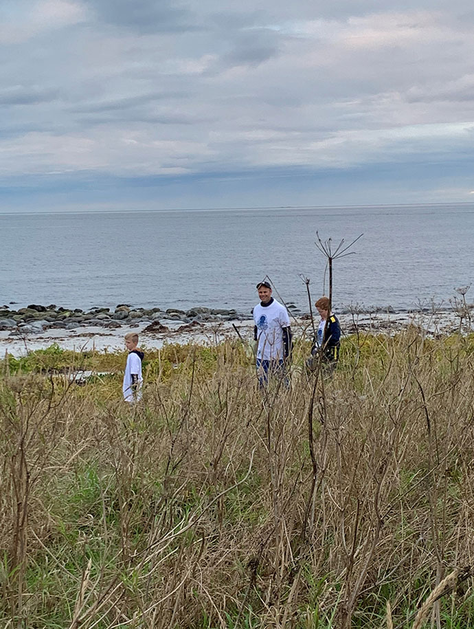 Coastal_cleanup_day_12